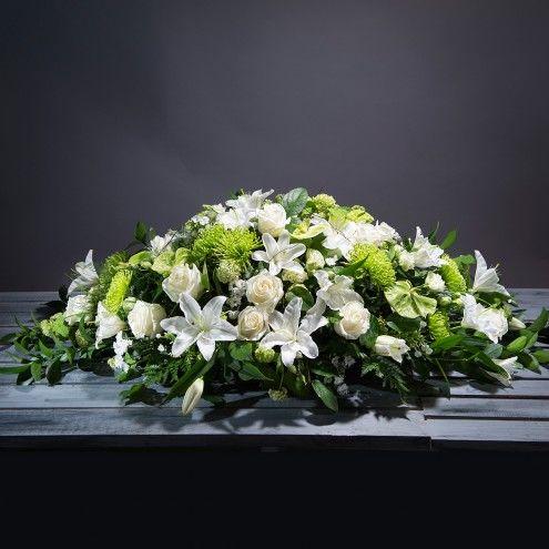 Almohadon de flores blancas